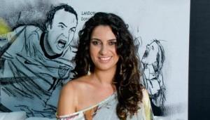 """Streaming: Ouça """"Meu Ziriguidum"""", terceiro álbum da Aline Calixto"""