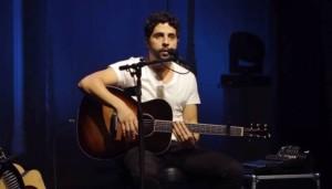 """Live: Kadu Vianna e Affonsinho no dueto """"Delicada"""""""