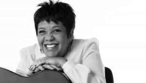 Notícias: Rosa Passos homenageia três artistas em novo álbum