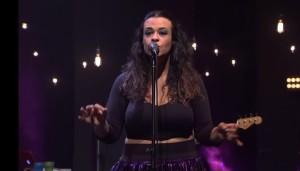 """Notícias: Tulipa Ruiz lança versão em espanhol para o single """"Efêmera"""""""