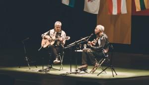 Notícias: Gilberto Gil e Caetano Veloso fazem show gratuito na Bahia