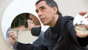 Notícias: Arnaldo Antunes expõe obras de arte em São Paulo