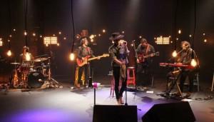 """Show: Thiago Pethit no programa """"Cultura Livre"""""""