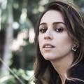 """Notícias: Roberta Sá promove novo registro ao vivo com single """"Covardia"""""""