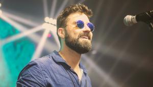 Entrevista: A brasilidade de Rodrigo Sá