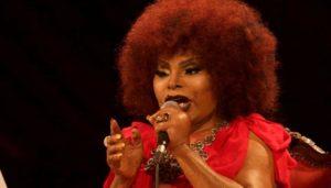 "Live: Elza Soares – ""Ela disse-me assim (Vá embora)"""