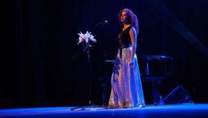 "Resenha: Vanessa da Mata – Turnê ""Delicadeza"" (BH – 20.04.2016)"