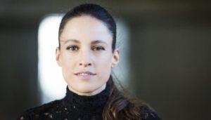 Notícias: Chico Buarque, Maria Bethânia e Marisa Monte gravam Tom Jobim com Carminho