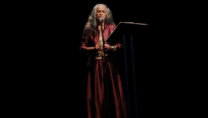 central-da-mpb-recital-maria-bethania-e-as-palavras-foto-luciana-loura-22