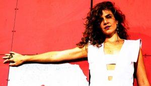 Notícias: Mariana Aydar regrava música de Marina Lima para programa
