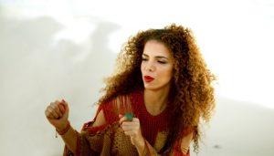 Clipe: Vanessa da Mata e BaianaSystem – Gente Feliz (Sinceridade)