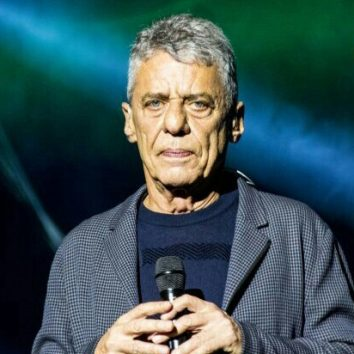"Galeria: Chico Buarque – Turnê ""Caravanas"" (BH – 14.12.2017)"